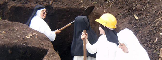 Les dominicaines de Bogota construisent nleur nouveau  monastère