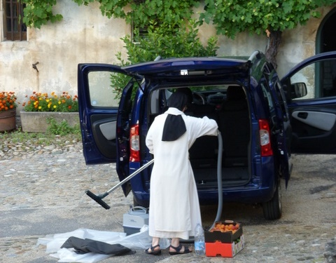 Nettoyage de la voiture (Estavayer)